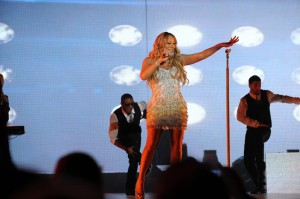 MariahCarey-GoldCoast-01012013-3