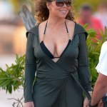 2716A13E00000578-3016461-Shake_It_Off_Mariah_Carey_is_spotted_enjoying_her_St_Barts_vacat-a-6_1427594757133
