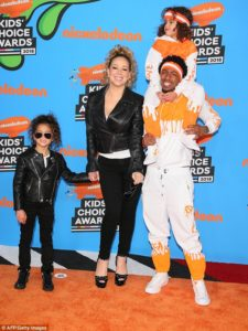 Mariah Carey, Nick Cannon, Moroccan & Monroe @ Orange Carpet Kids Choice Awards 2018 - 3